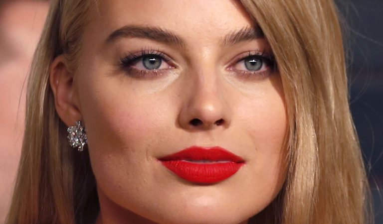 10 Ridiculously Stunning Photos Of Margot Robbie