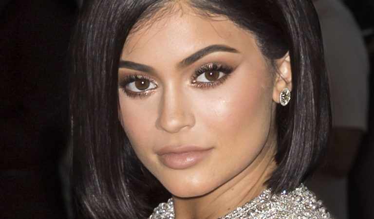 10 Ridiculously Stunning Photos Of Kylie Jenner