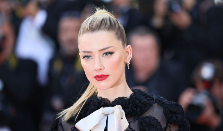 10 Ridiculously Stunning Photos Of Amber Heard