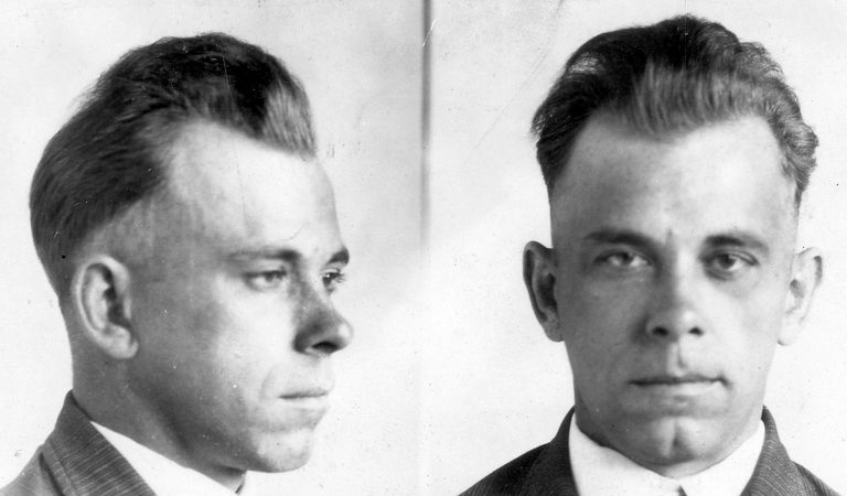 10 Menacing Prison Escapees Who Continued Committing Crimes
