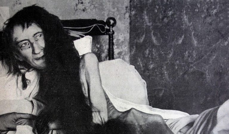 10 Grisly Facts Surrounding Blanche Monnier, Who Was Locked Up Just For Falling In Love