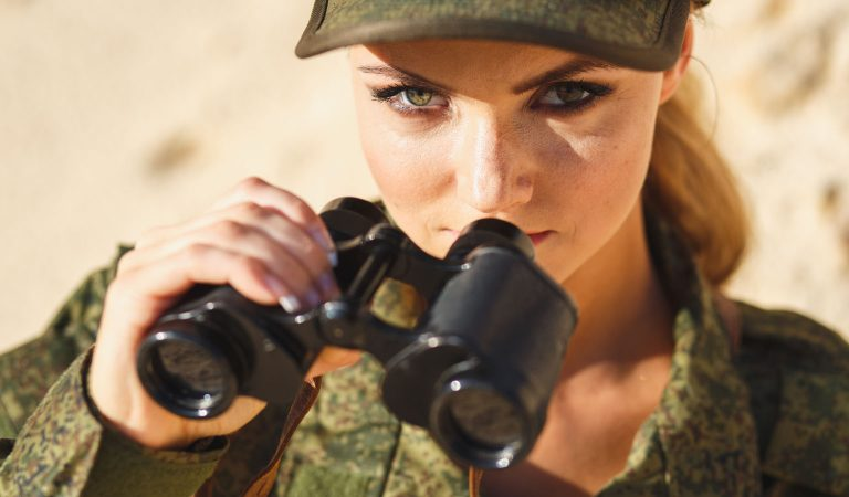 10 Countries From Around The World With Stunning Female Soldiers