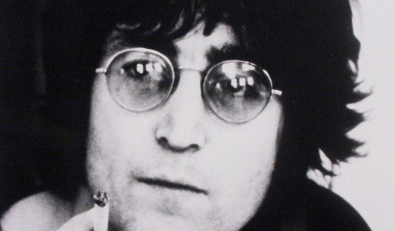 10 Eerie Details Surrounding The Death Of John Lennon, Who Died At The Hands Of An Insane Fan