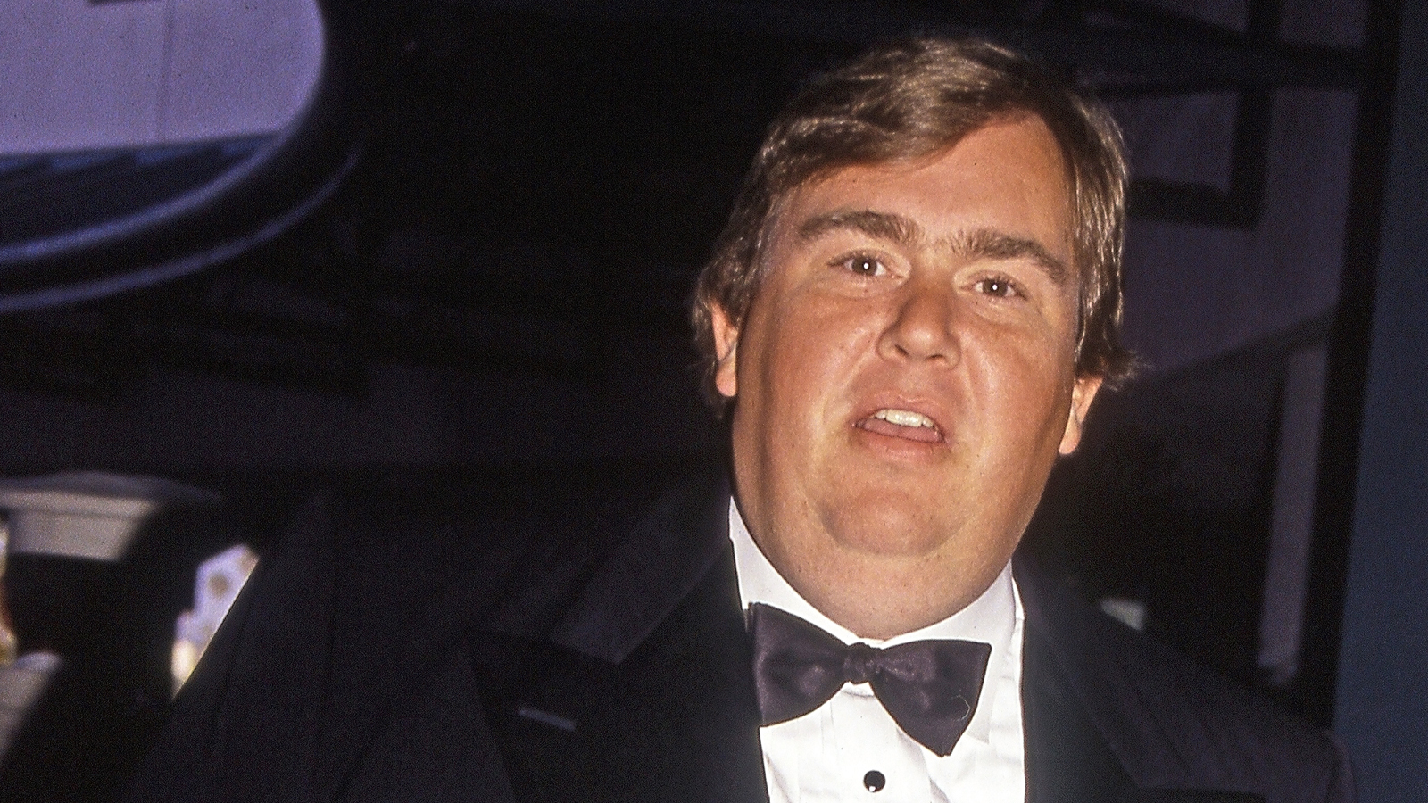 10 Grim Details Surrounding The Death Of John Candy, The Beloved Comedian Who Shook Up Hollywood