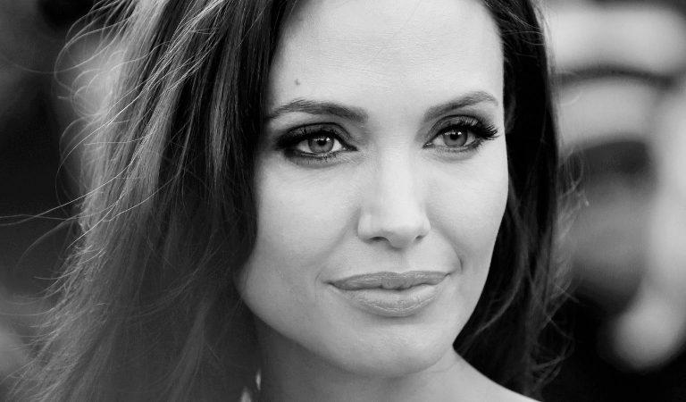 10 Ridiculously Stunning Photos Of Angelina Jolie