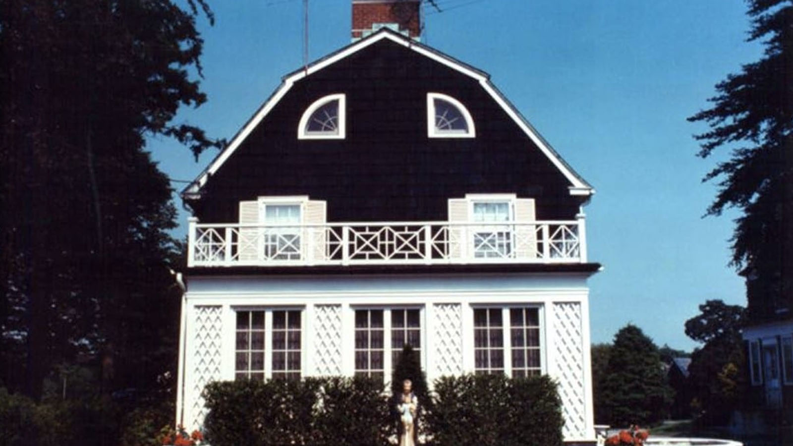 """10 Ghastly Details Surrounding Real """"Amityville Horror"""" House, Where Alleged Hauntings Happened In The 1970s"""